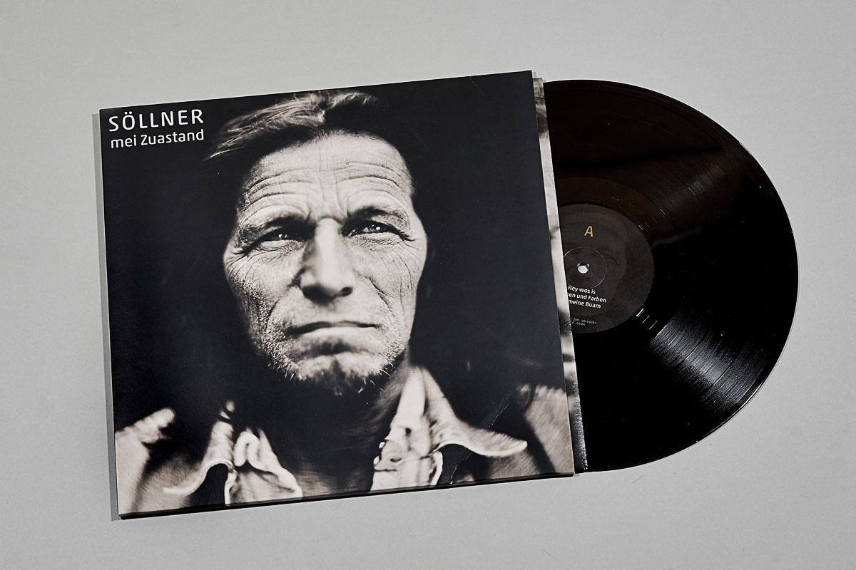 Hans_Söllner_Vinyl_Tearsheets_©Stefan-Sappert_MG_6411