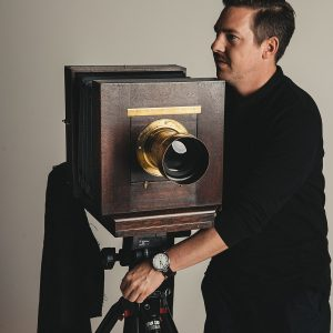 Stefa-Sappert-and-his-8×10-wooden-large-format-camera-